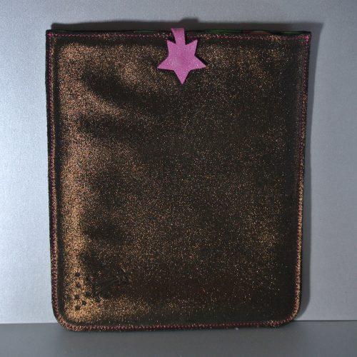 Midi étui à tablette en cuir, protéger votre tablette avec son étui, étui en cuir pour tablette, en cuir, en cuir grainé, en cuir pailleté, made in france, la cartablière