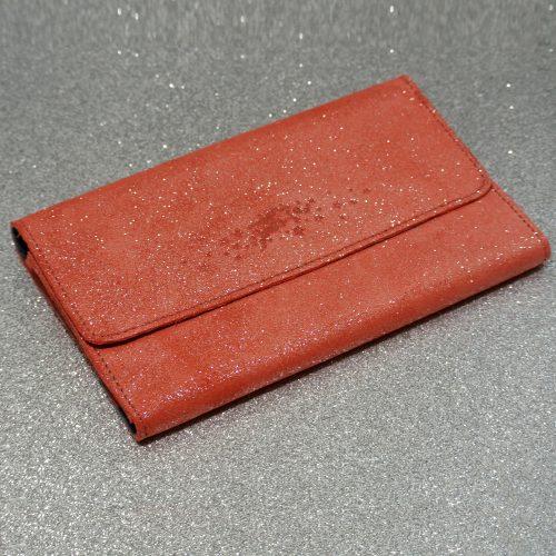 Joli et indispensable porte feuille compagnon, en cuir pailleté, La cartablière, made in France, rose corail