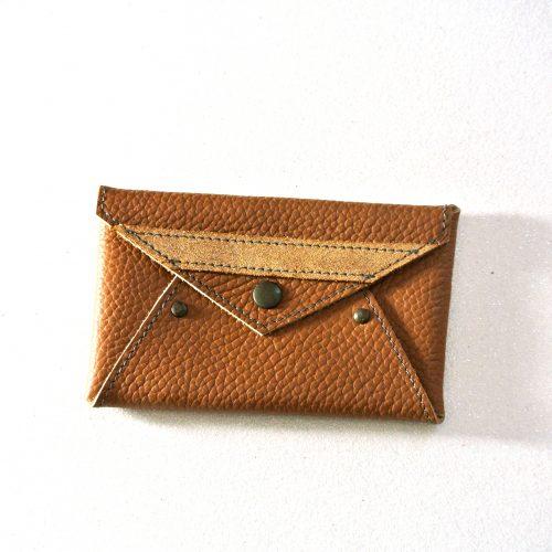 Mini Enveloppe en Cuir Grainé