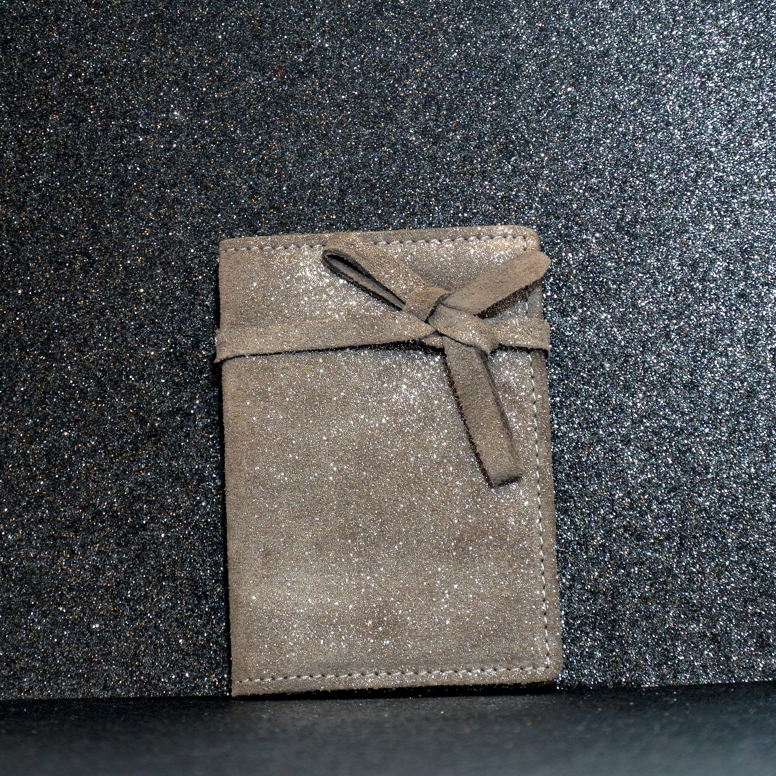 Simple Fidélité en Cuir Pailleté, pailleté, noeuds, carte de fidélité, en cuir, la cartablière, made in france