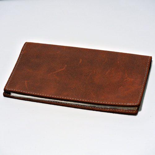 Protège chéquier pour homme, en cuir rétro marron terracotta, made in France
