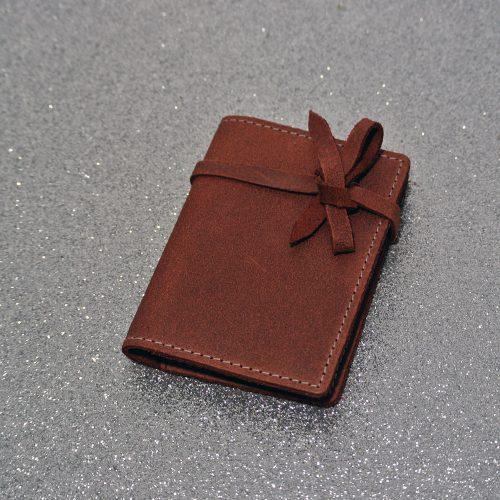 Simple Fidélité en cuir, étui pour ranger ses cartes de fidélités, en cuir, en cuir rétro, made in france, la cartabliere