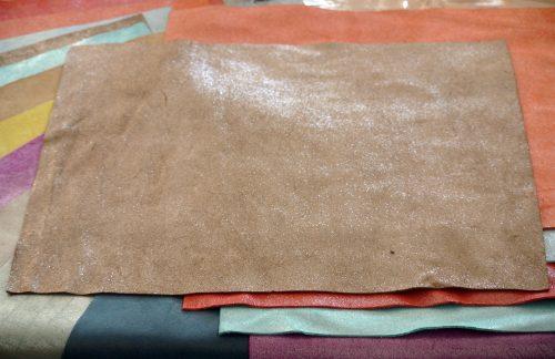 mercerie cuir pailleté pailleté incrustée a chaud cuir velours cuir bovin
