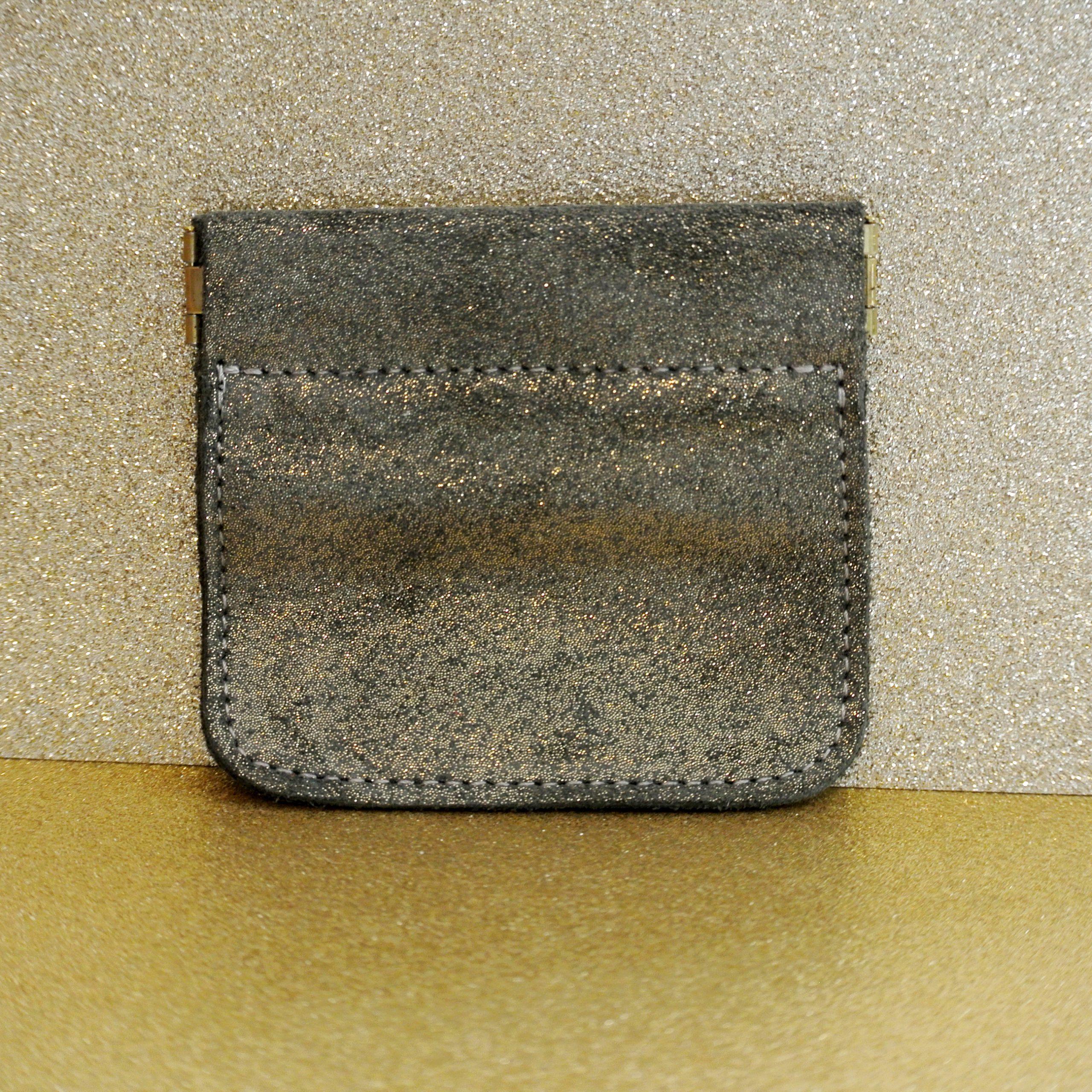 porte monnaie clic clac en cuir pailleté fer doré