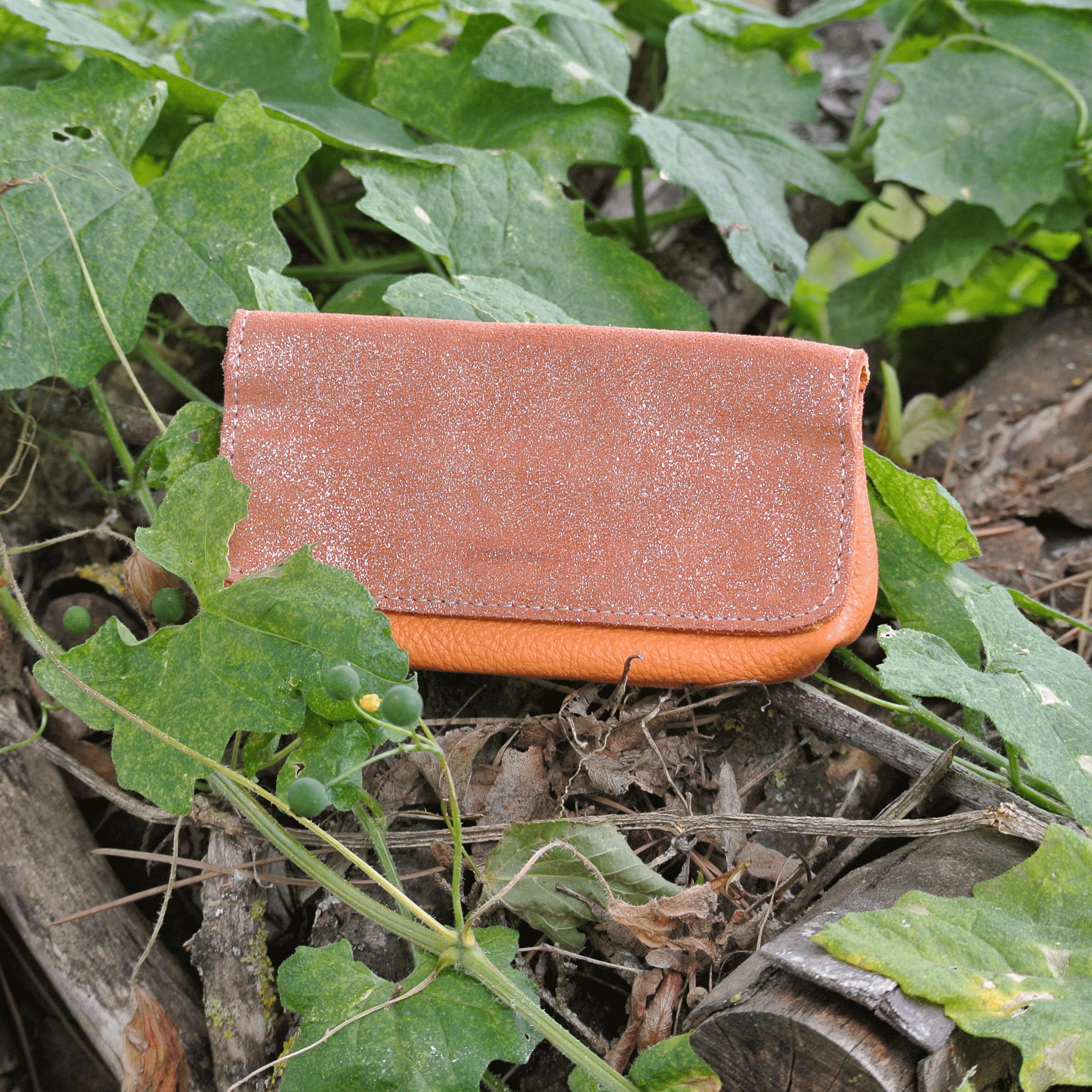 cuirs-pailletés-cuirs-fantaisies-fabriqué-en-france-la-cartabliere-blague-a-tout-en-cuir-paillete-citrouille
