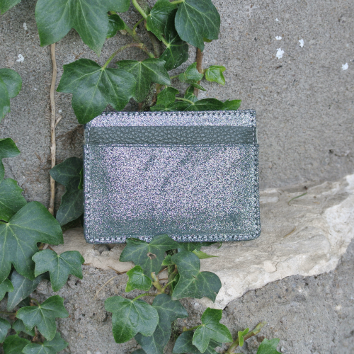 cuirs-pailletés-cuirs-fantaisies-fabriqué-en-france-la-cartabliere-etui-carte-triple-cuir-paillete-vert-empire