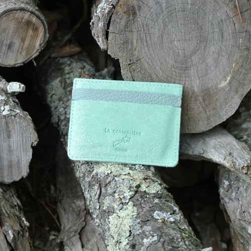 cuirs-pailletés-cuirs-fantaisies-fabriqué-en-france-la-cartabliere-etui-carte-triple-cuir-paillete-vert-amande