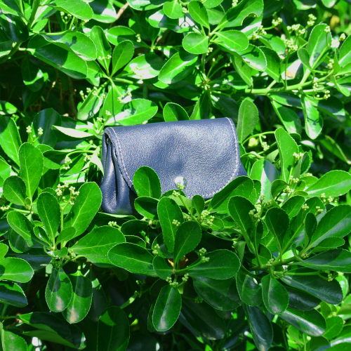 cuirs-fantaisies-la-cartabliere-fabrique-en-france-porte-monnaie-accordeon-en-cuir-nappa-noir