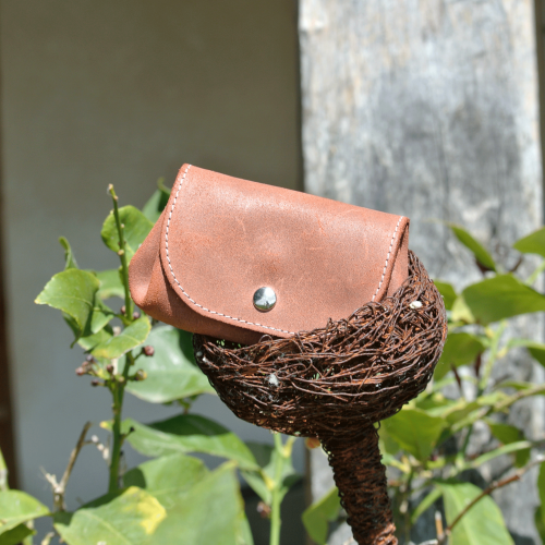 cuirs-fantaisies-la-cartabliere-fabrique-en-france-porte-monnaie-accordeon-en-cuir-retro-terracotta
