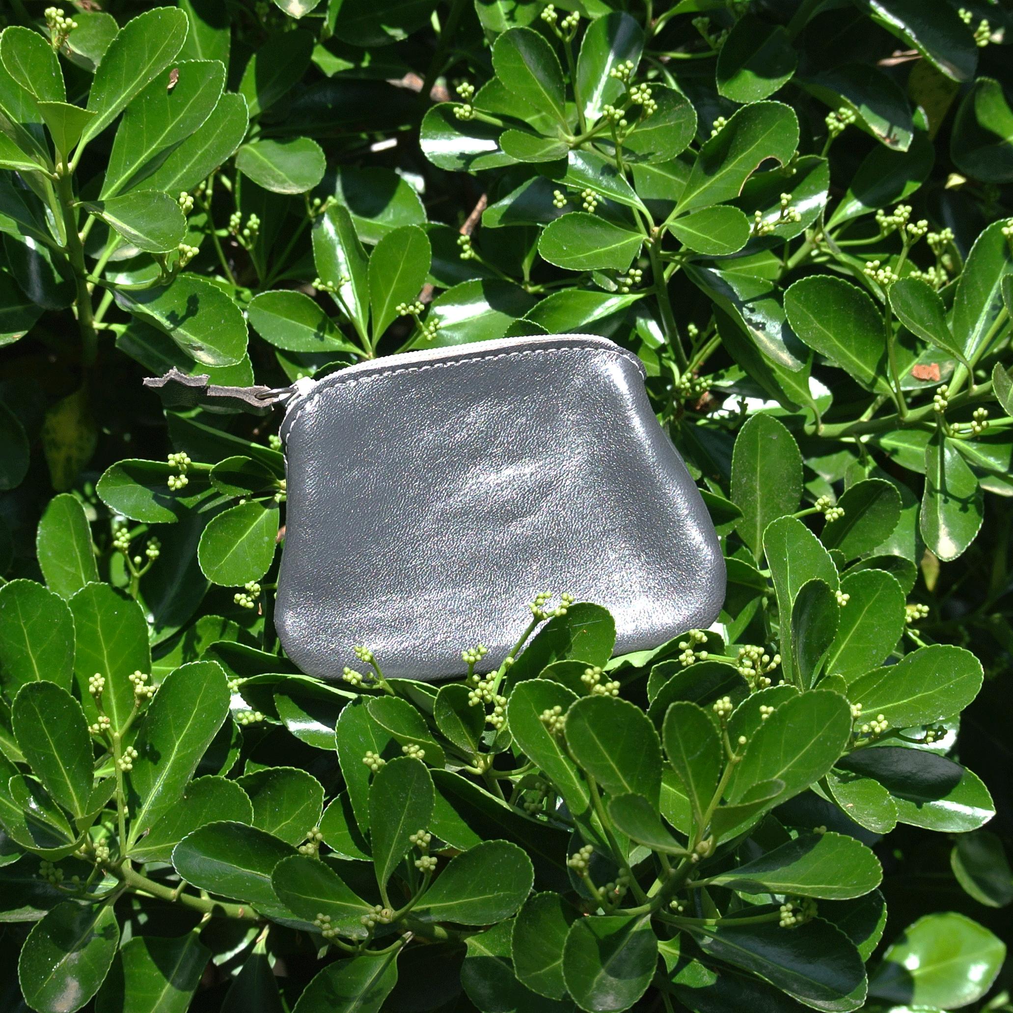 cuirs-fantaisies-la-cartabliere-fabrique-en-france-porte-monnaie-kiwi-en-cuir-glace-mulot