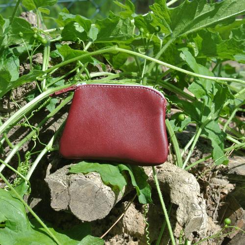 cuirs-fantaisies-la-cartabliere-fabrique-en-france-porte-monnaie-kiwi-en-cuir-nappa-bordeaux