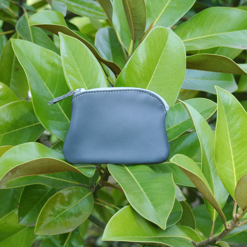 cuirs-fantaisies-la-cartabliere-fabrique-en-france-porte-monnaie-kiwi-en-cuir-nappa-gris