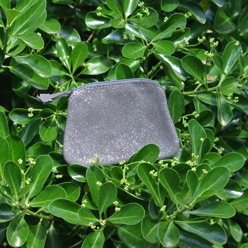 cuirs-fantaisies-la-cartabliere-fabrique-en-france-porte-monnaie-kiwi-en-cuir-paillete-anthracite