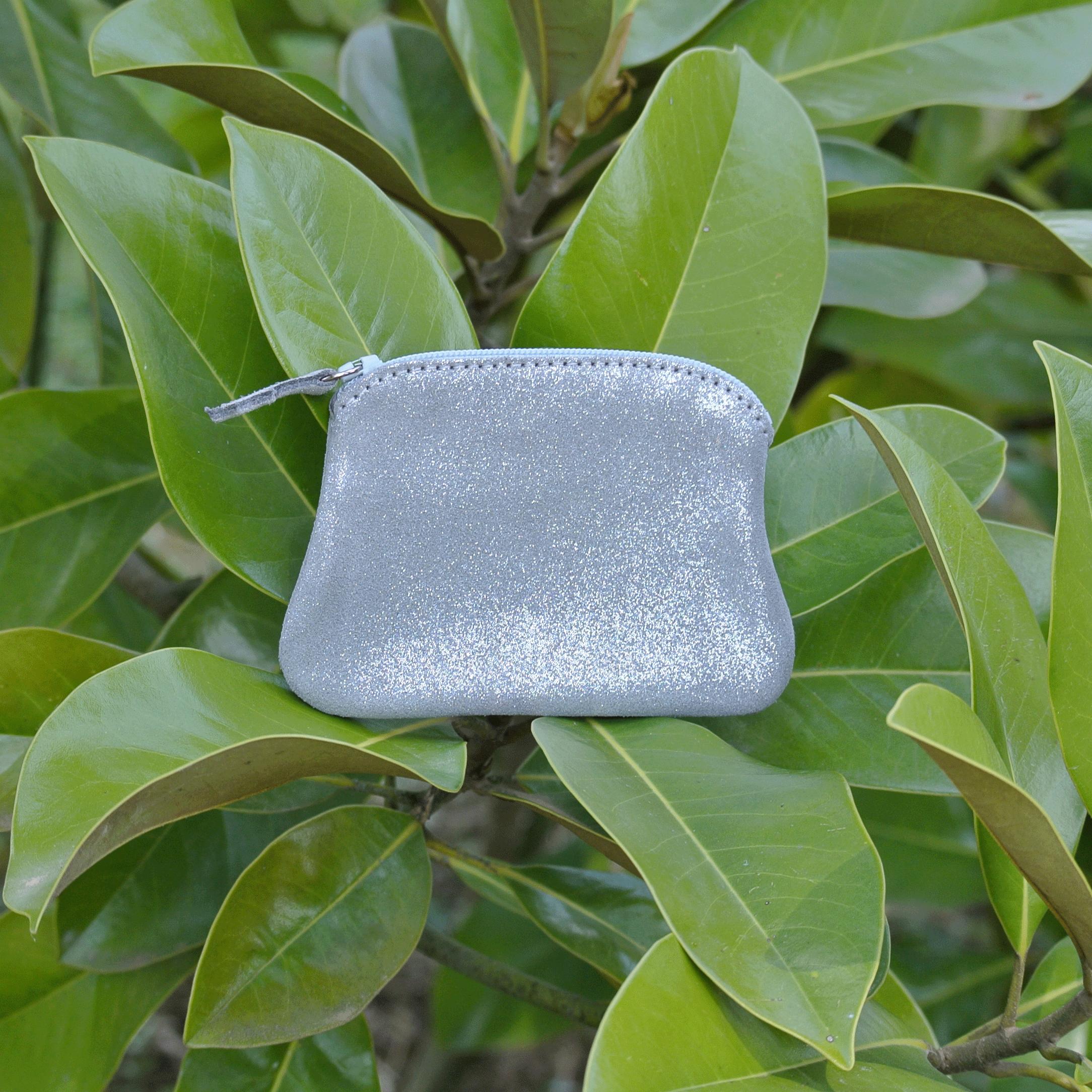 cuirs-fantaisies-la-cartabliere-fabrique-en-france-porte-monnaie-kiwi-en-cuir-paillete-gris-tourterelle