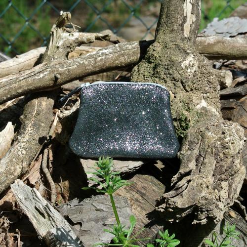 cuirs-fantaisies-la-cartabliere-fabrique-en-france-porte-monnaie-kiwi-en-cuir-paillete-noir