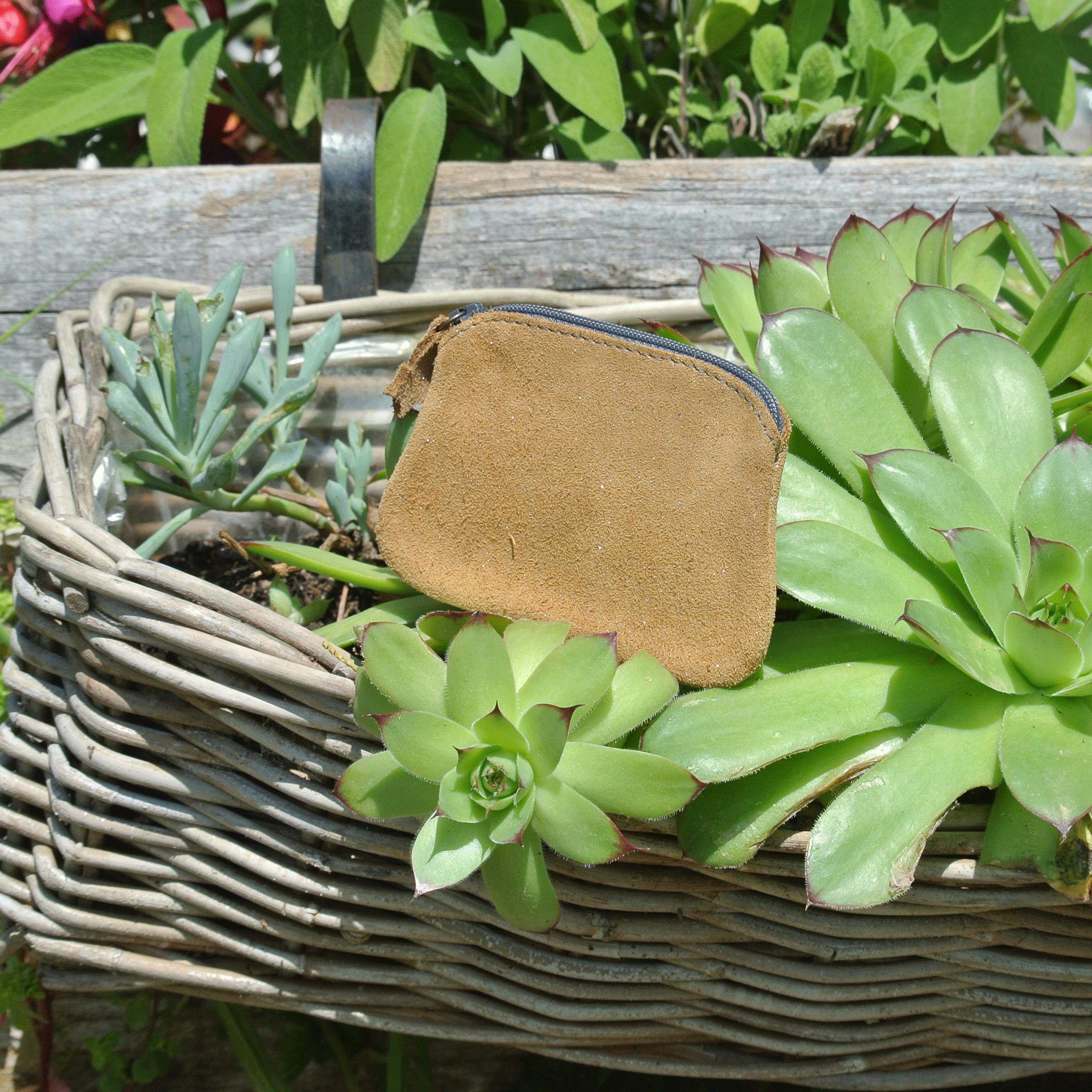 cuirs-fantaisies-la-cartabliere-fabrique-en-france-porte-monnaie-kiwi-en-cuir-paillete-rhizome