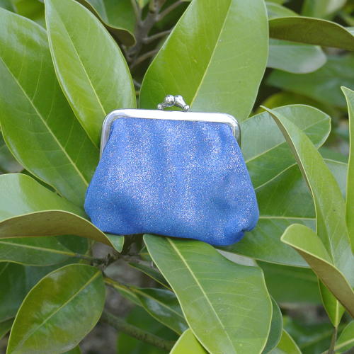 la-cartabliere-fabrique-en-france-made-in-france-porte-monnaie-reine-en-cuir-paillete-bleuet