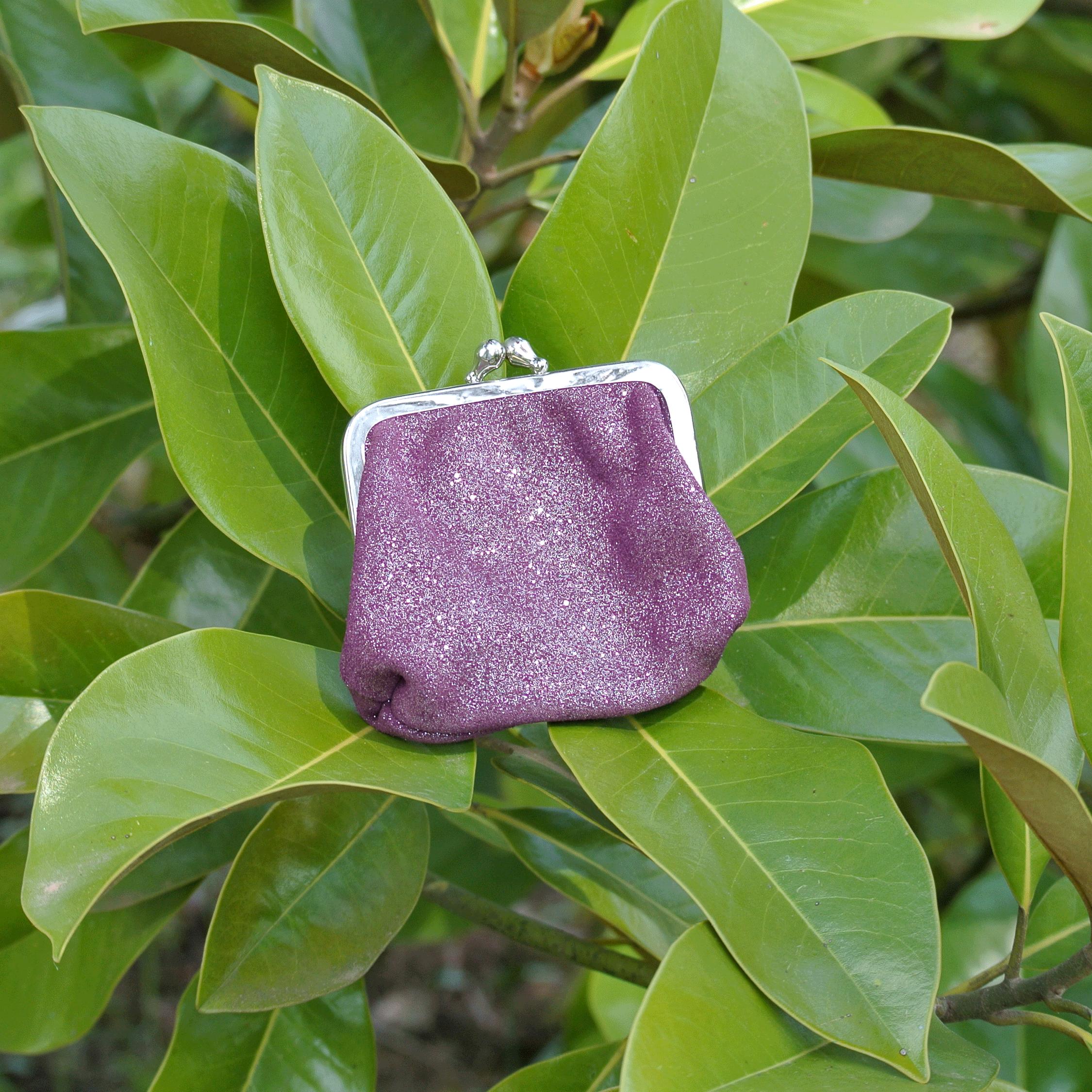la-cartabliere-fabrique-en-france-made-in-france-porte-monnaie-reine-en-cuir-paillete-violet-eveque