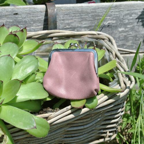 la-cartabliere-fabrique-en-france-made-in-france-porte-monnaie-reine-en-cuir-retro-rose-ancien