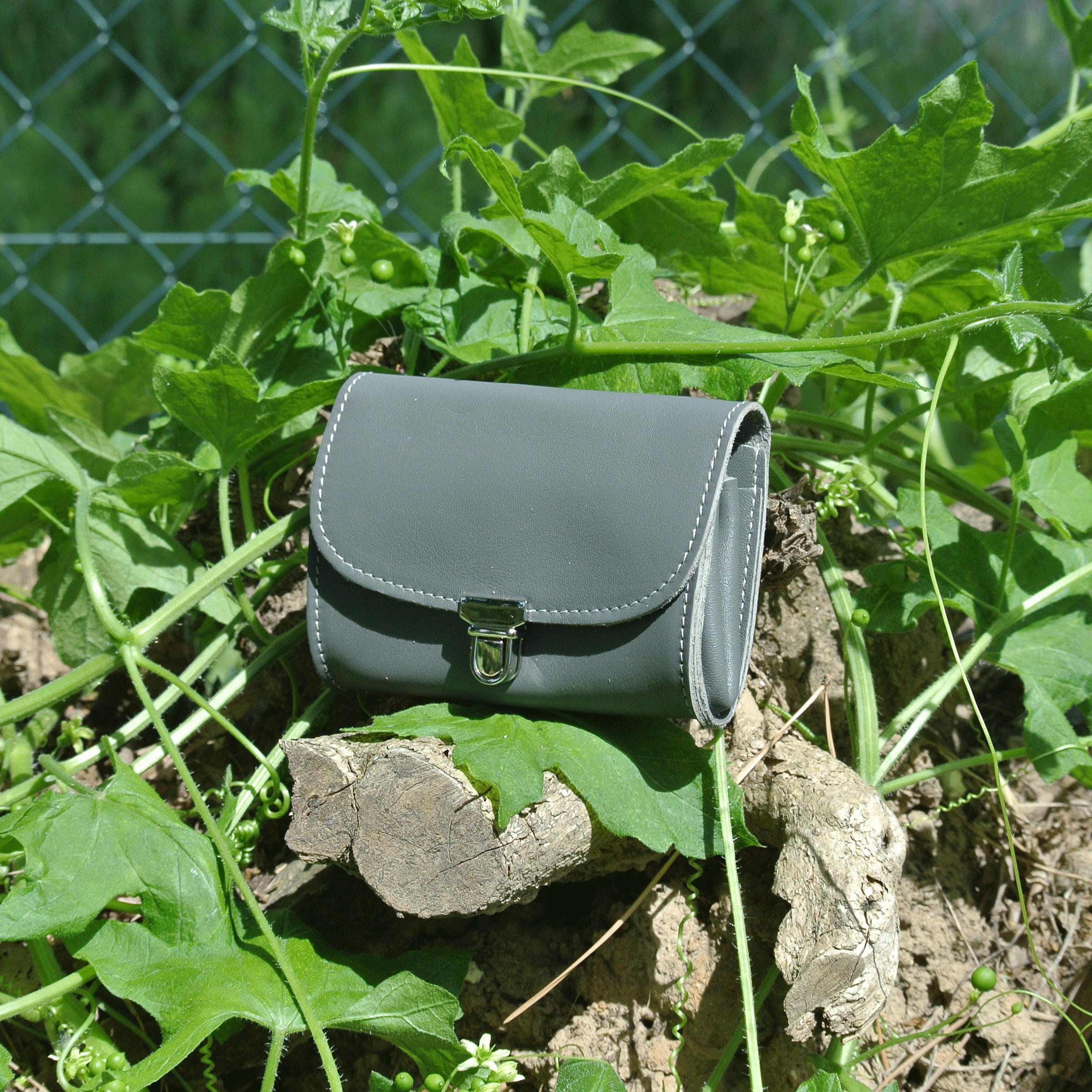portefeuille-royale-en-cuir-nappa-gris-tourterelle