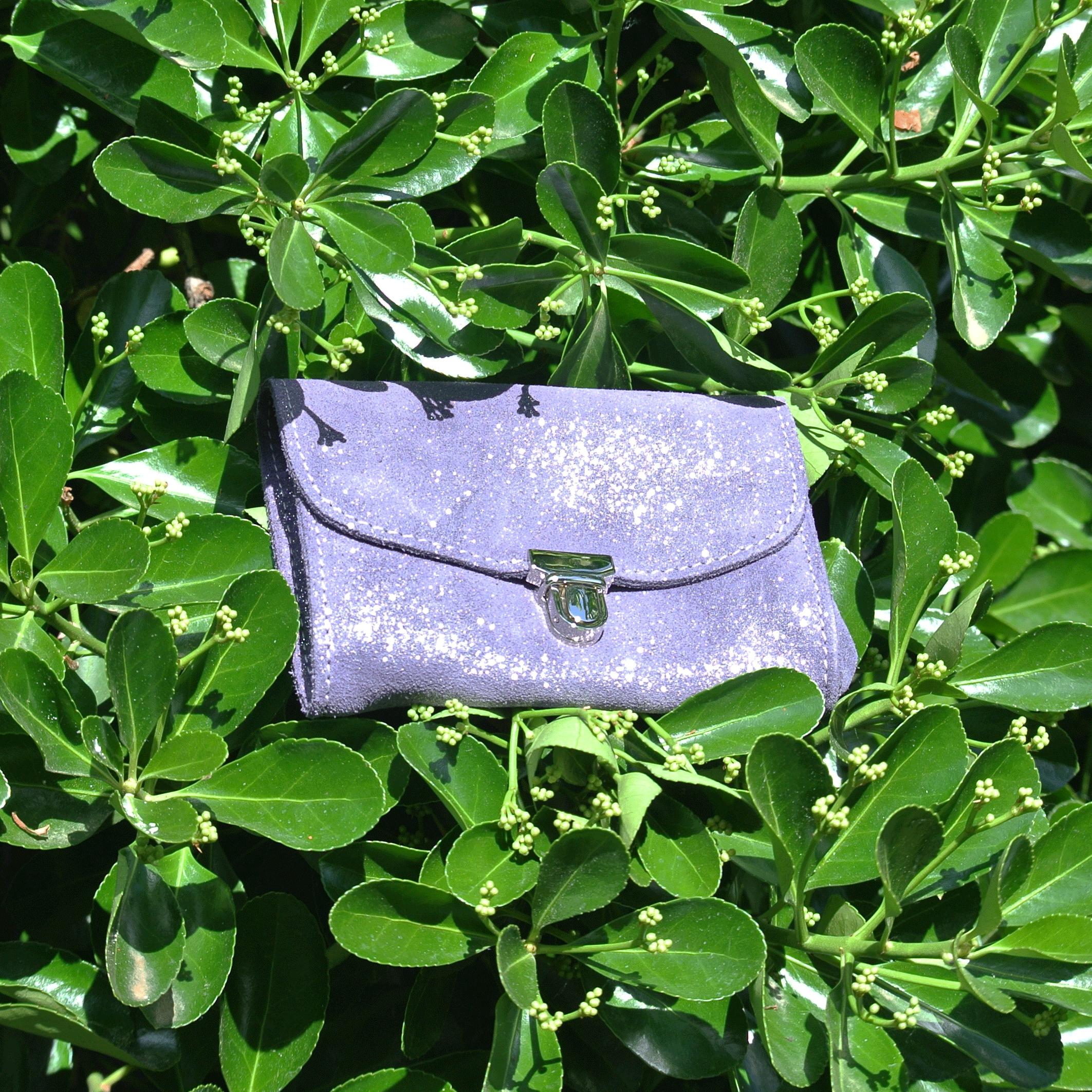 portefeuille-royale-en-cuir-paillete-myrtille