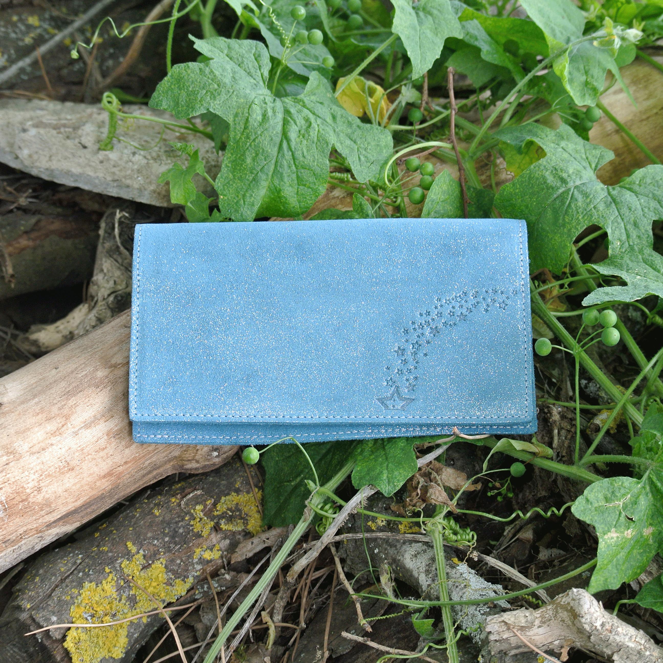 protege-chequier-cuirs-fantaisies-cuir-paillete-cuir-retro-cuir-nappa-cuir-graine-la-cartabliere-fabirque-en-france-bleu-sarcelle