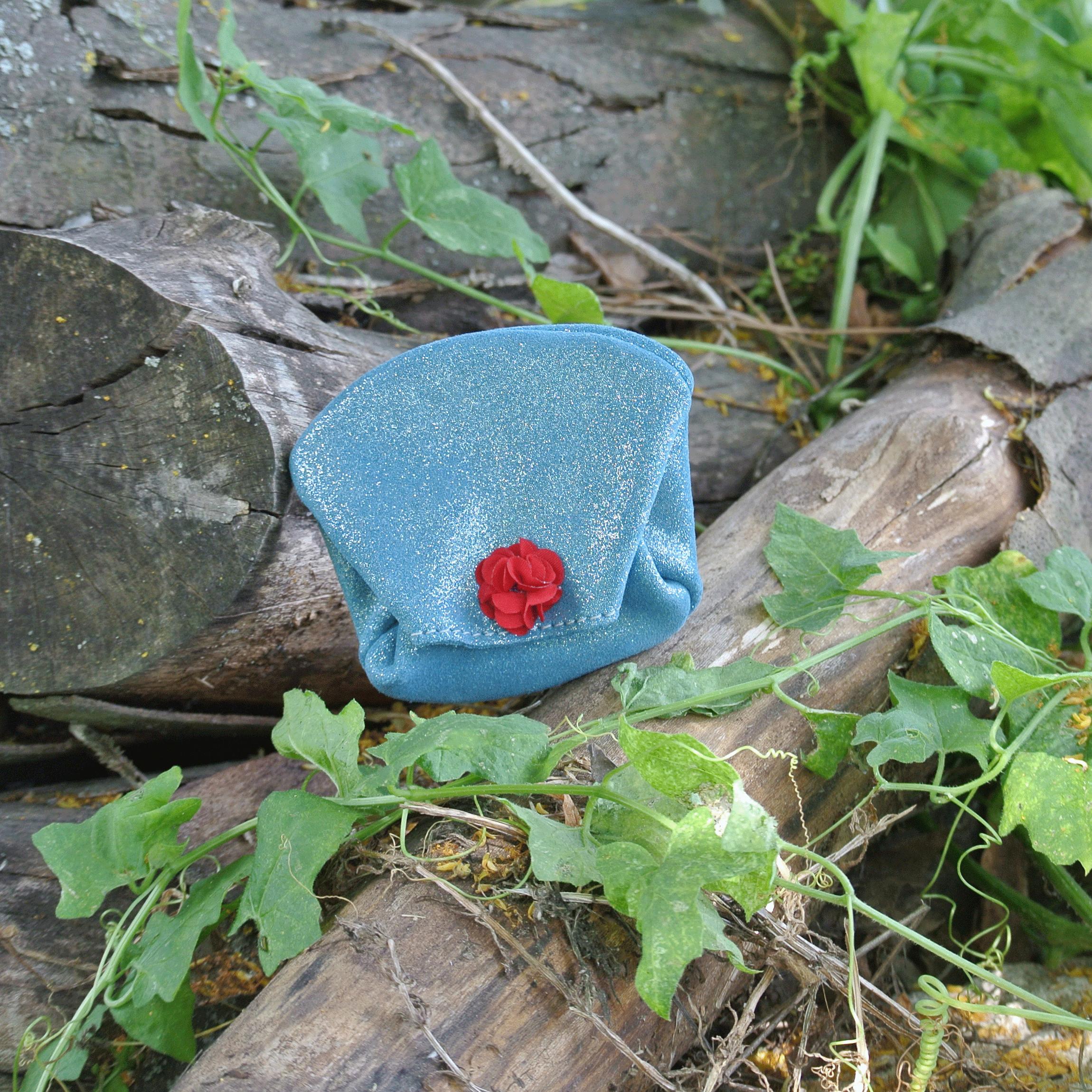 porte-monnaie-crapaud-en-cuirs-fantaisies-cuir-pailleté-cuir-floralie-la-cartabliere-made-in-france-fabrique-en-france