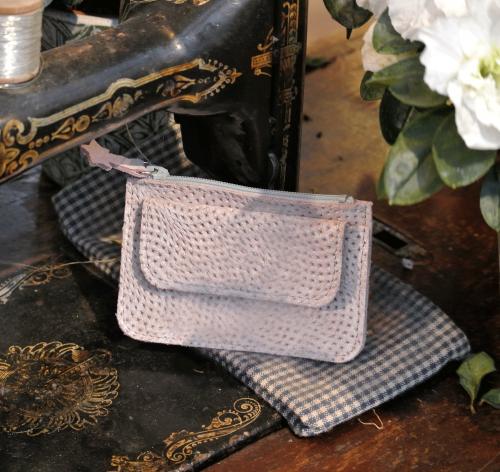 porte-monnaie-orion-poche-cuir-paillete-cuir-vague-fabriqué-en-france-fabrication-française-la-cartabliere-joli-porte-monnaie-compact-pratique-elegant
